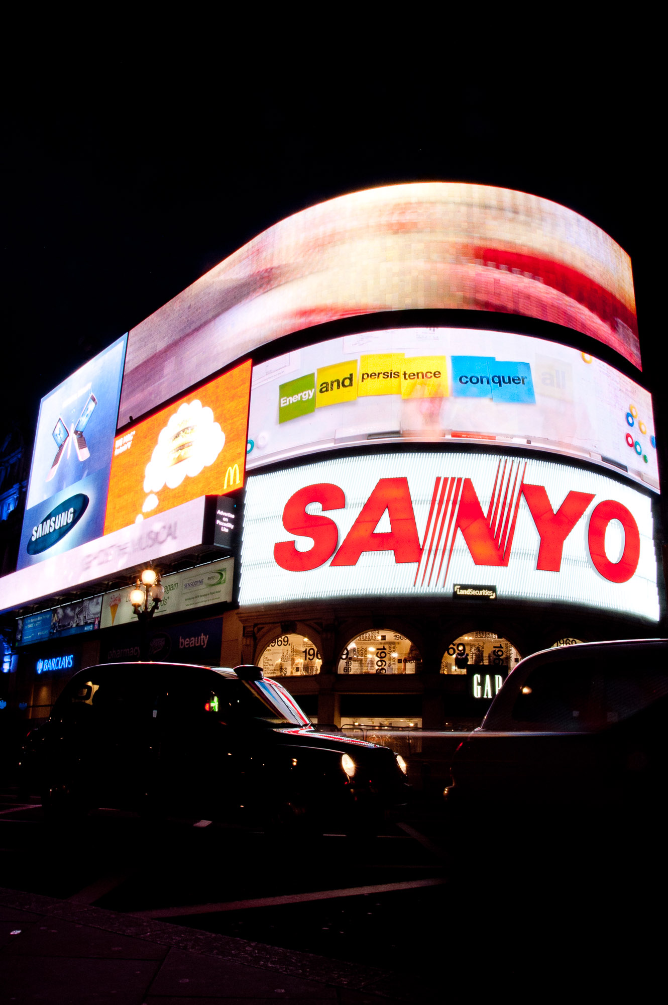 Picadilly Circus II