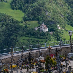Blick zum Castel Trostburg